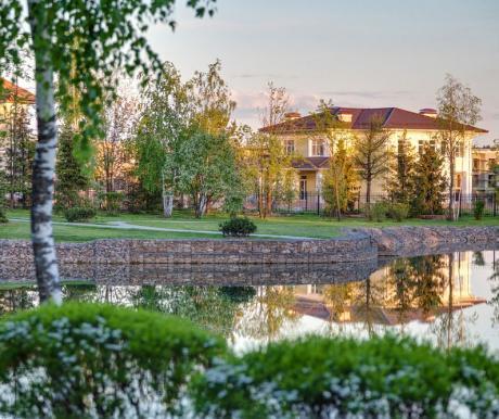 На первичном рынке элитного загородного жилья продолжается оживление