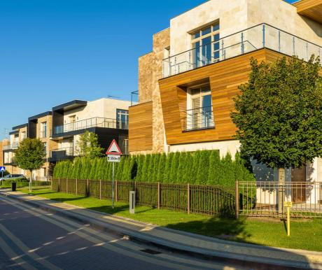 Villagio Estate снижает цены на таунхаусы в Park Avenue